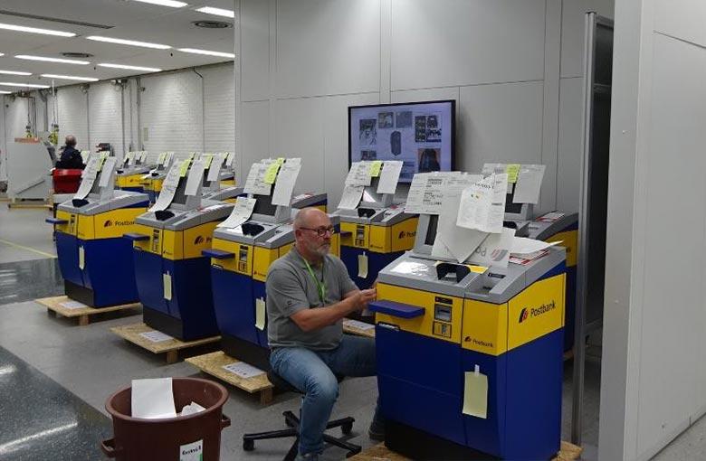 POS-Kreativ Geldautomaten Beklebung
